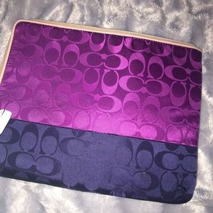 NWT Coach padded Tablet case with zipper top.